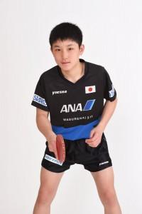 張本智和のかわいいイケメン画像を集めてみた【年齢は13歳で水谷隼に勝利で東京五輪卓球代表へ】